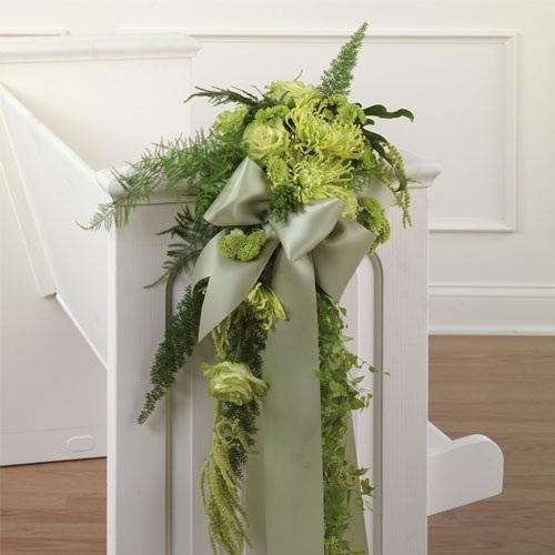 Simple Wedding Church Pew Decorations: Wedding Church Decoration Ideas
